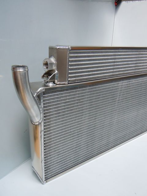 Removeable oil cooler and radiator combination