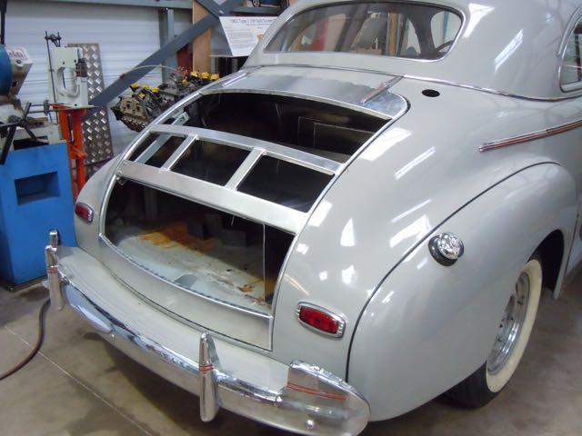 Light-weight aluminium bootlid